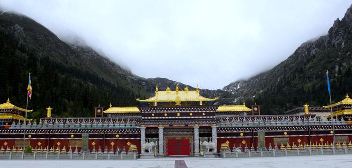 Dzogchen Monastery in Kham