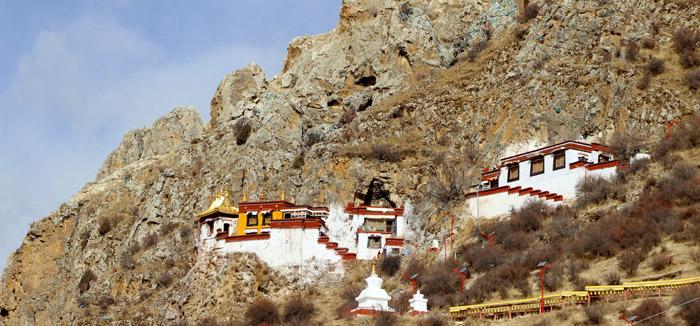 Drak Yerpa in Lhasa